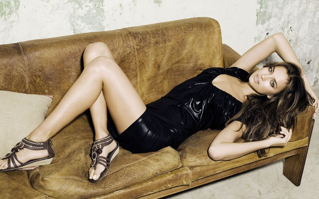 Irina Shayk woman beauty beautiful model brunette wallpaper