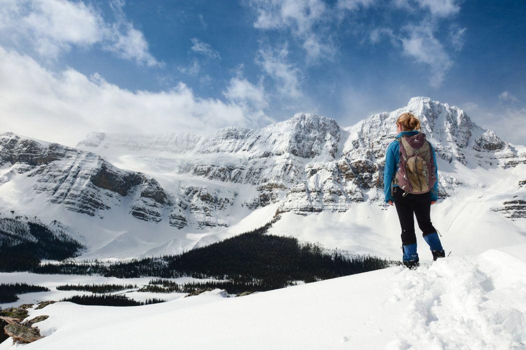 Sports Hiking Climbing Snow Mountain wallpaper