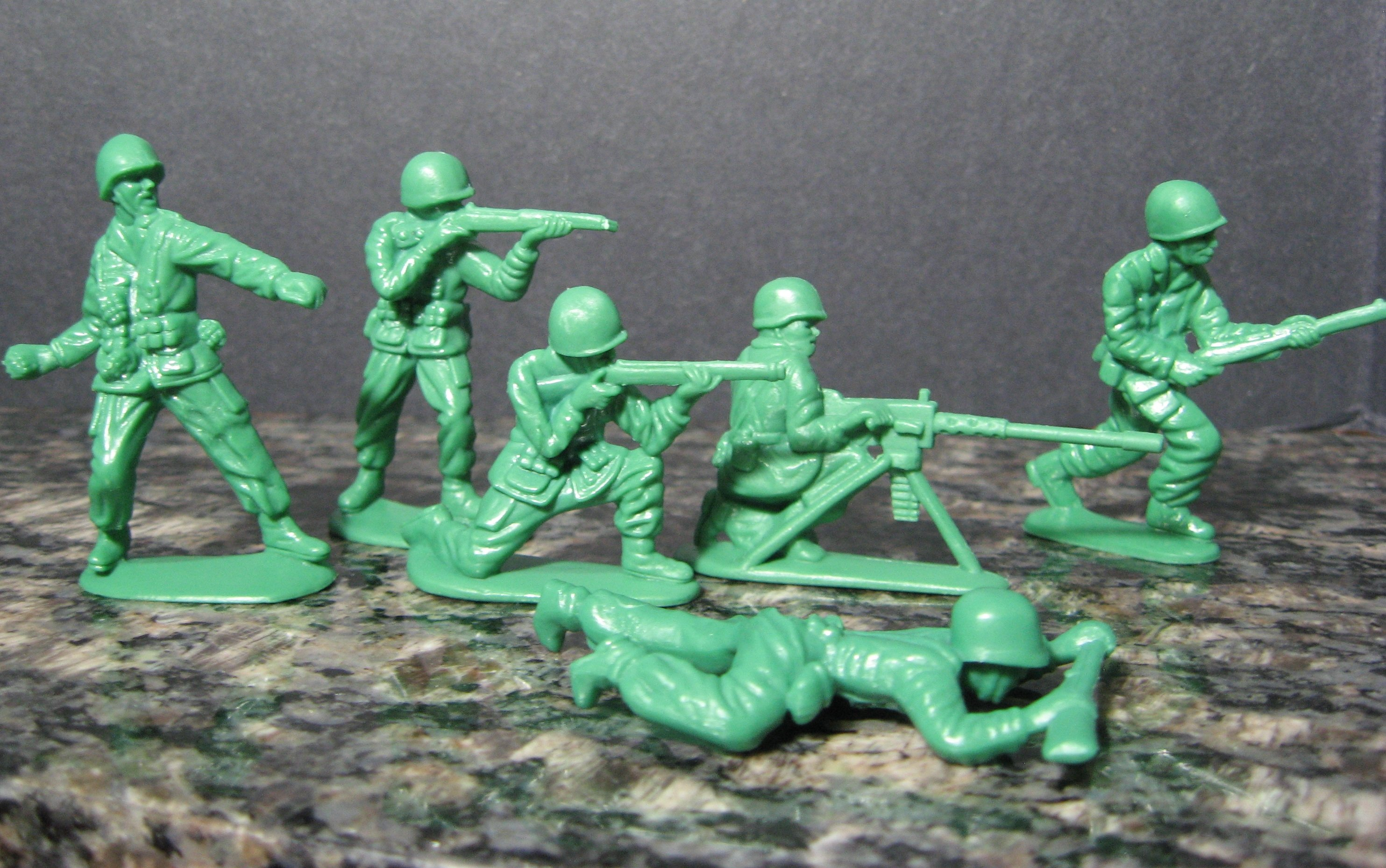 GREEN ARMY MEN toy military toys soldier war wallpaper 2967x1859 534179 WallpaperUP
