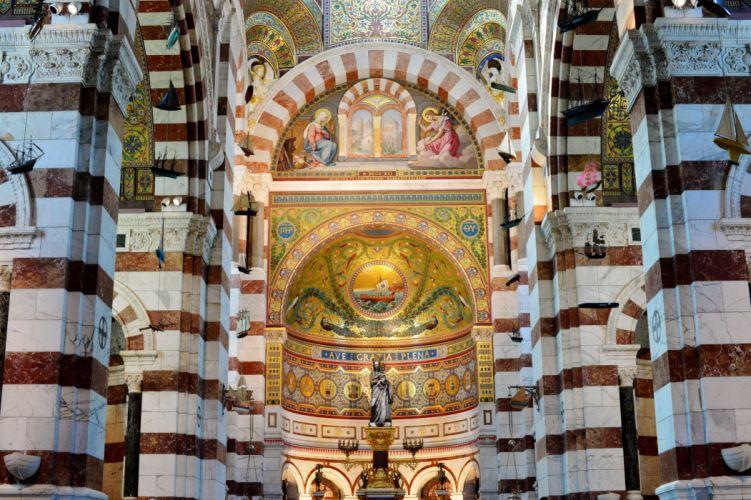 Basilique Notre-Dame-de-la-Garde temple architecture cities France marseille monuments panorama panoramic provence Urban 13 wallpaper