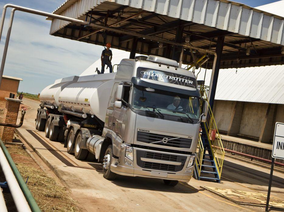 2008-12 Volvo F-H 440 6x4 semi tractor wallpaper