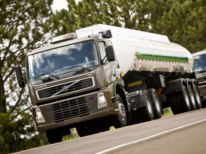 2008 Volvo F-M 370 6x2 semi tractor wallpaper