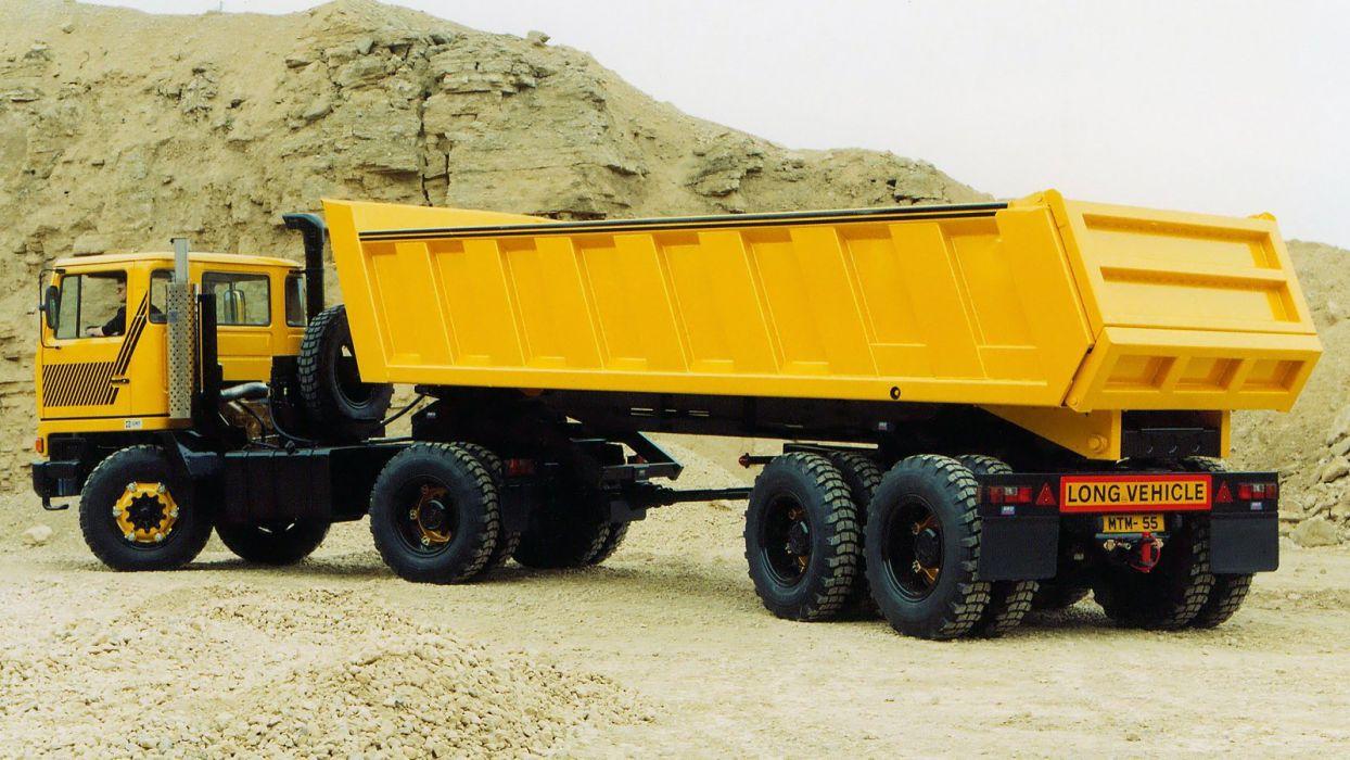 AWD Bedford T-M 8x6 Multidrive quarry construction semi tractor wallpaper