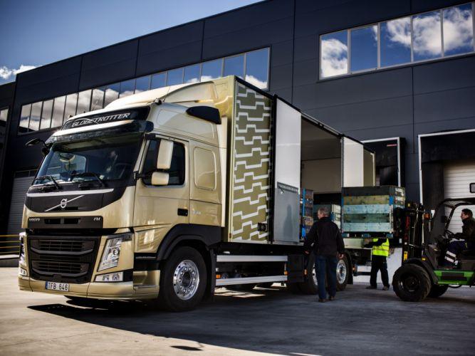 2013 Volvo F-M 370 6x2 semi tractor wallpaper