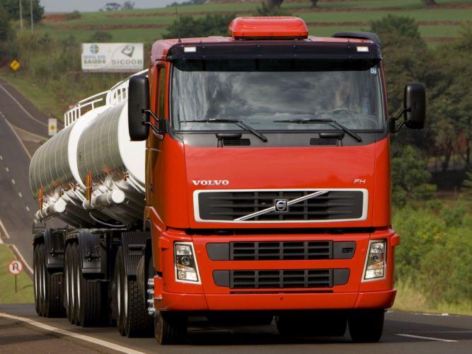 2005-07 Volvo F-H 400 6x2 semi tractor wallpaper
