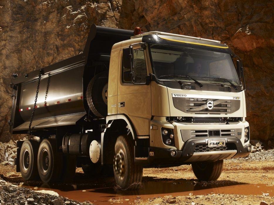 2010-13 Volvo FMX 6x4 semi tractor construction wallpaper