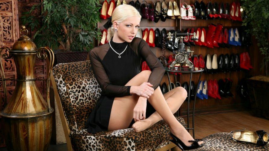 blonde sexy model beauty wallpaper