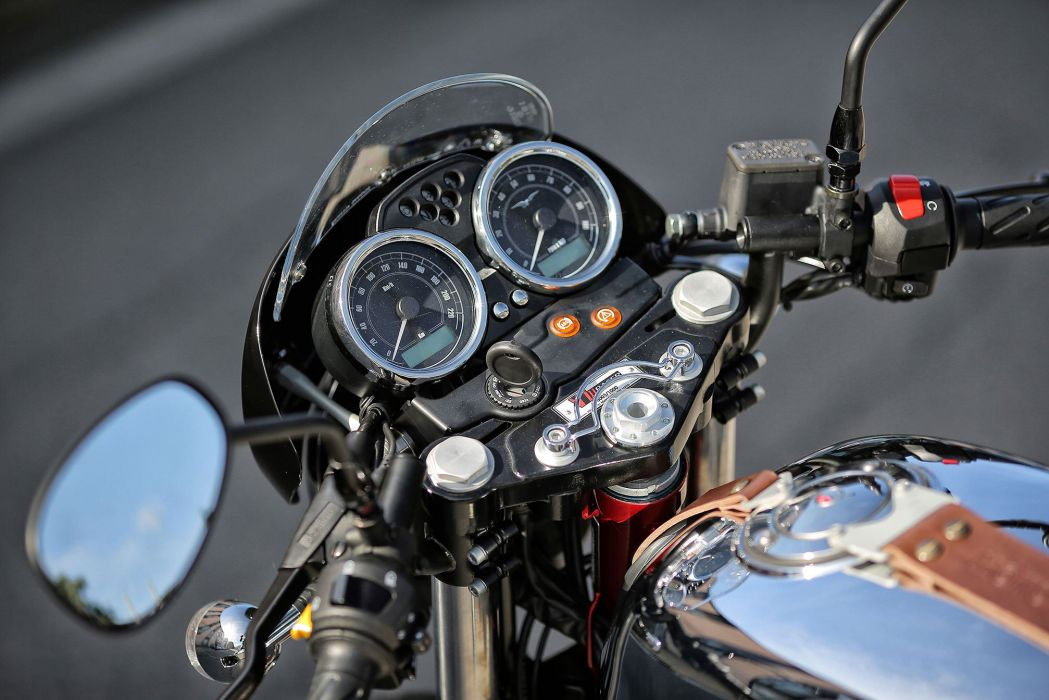 2015 Moto Guzzi V7II Racer wallpaper