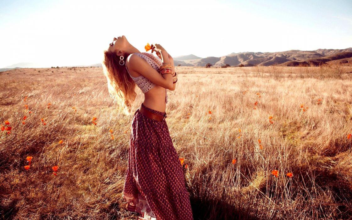 GOLDEN FIELD - beauty flowers skirt wallpaper