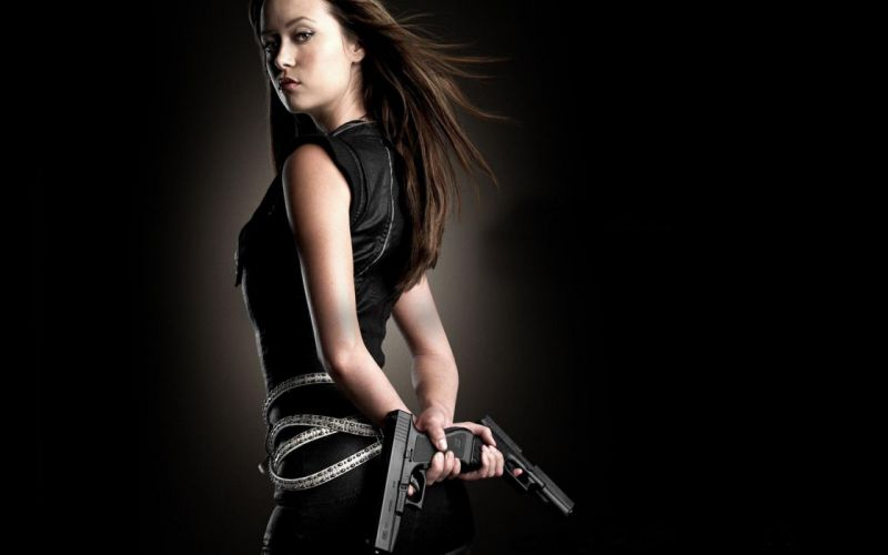 WOMEN AND GUNS - summer glau cameron girl weapons brunette wallpaper