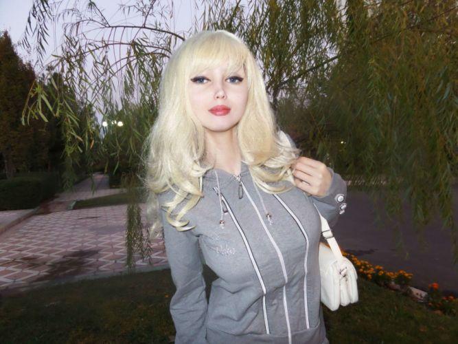 Lolita Richi barbie model cosplay fetish sexy babe wallpaper