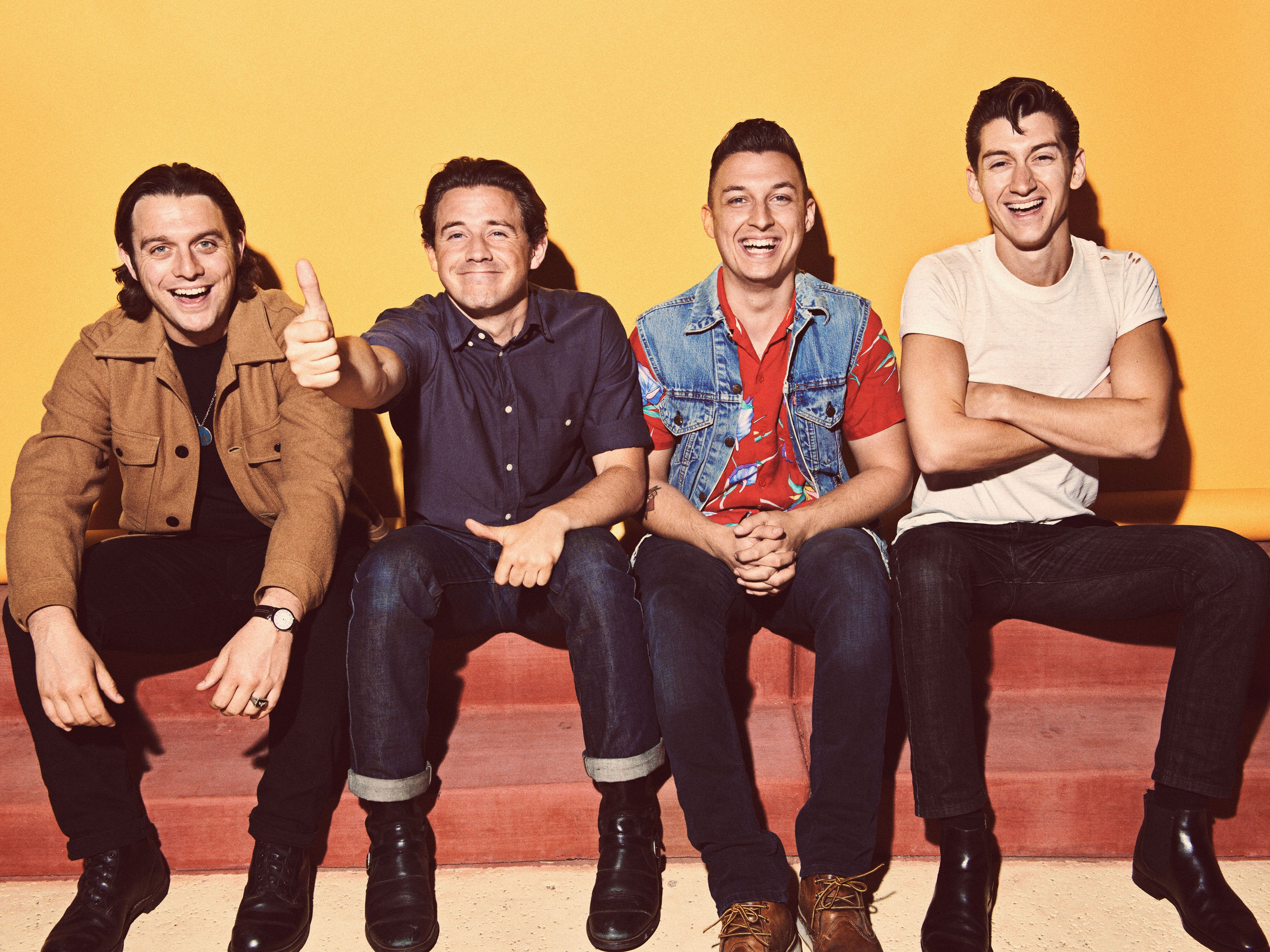 Download Lagu Arctic Monkeys Ru Mine Live