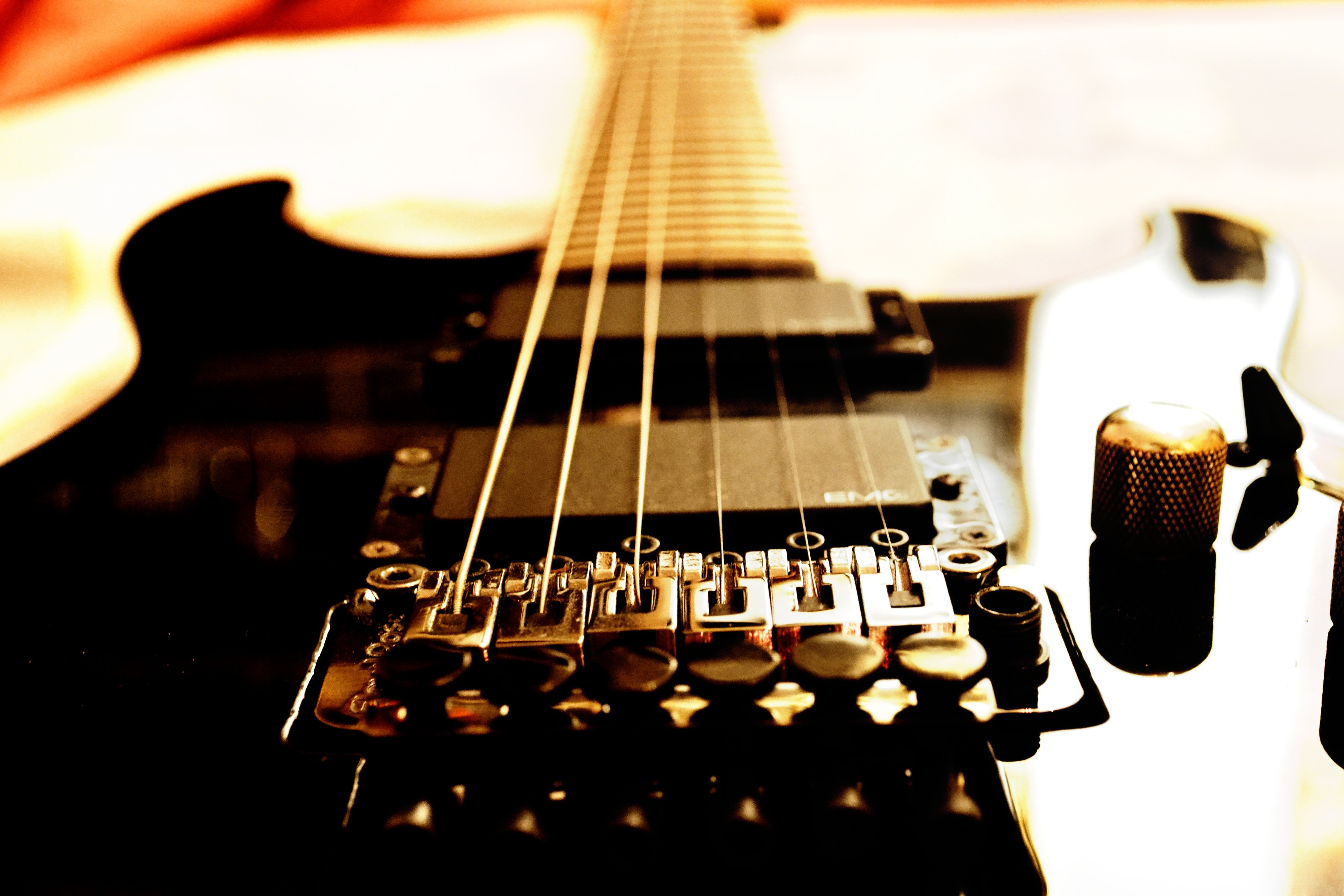 Electric gibson fender Guitar reflection strings macro ...