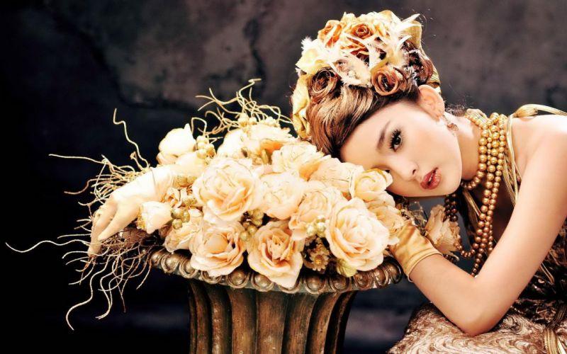LADY GOLDEN- asian girl flowers wallpaper