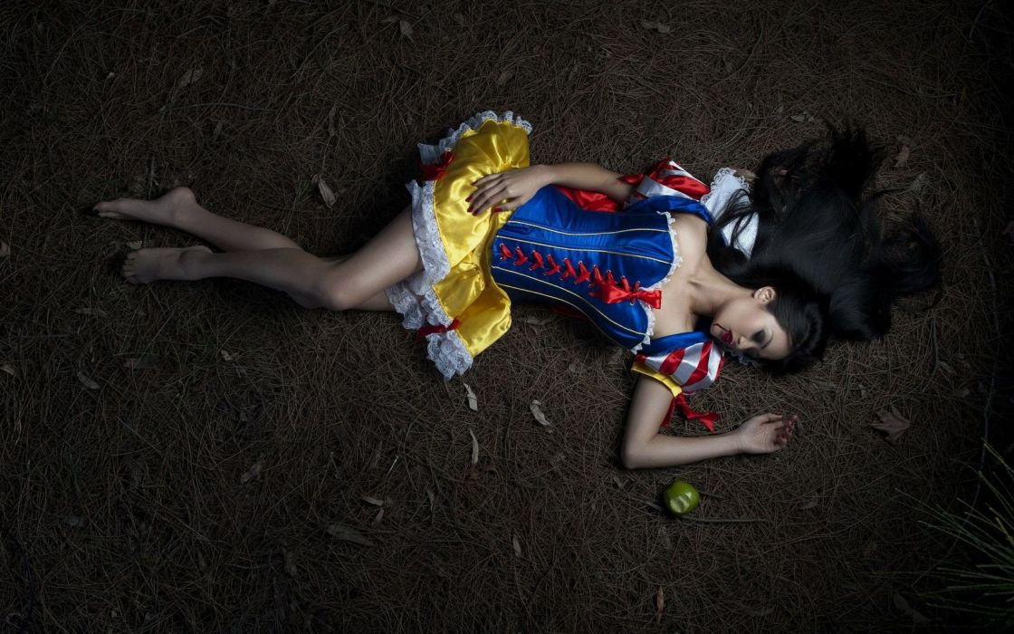 COSPLAY - snow white apple death girl wallpaper