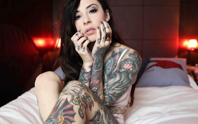 SENSUALITY - girl tattoo bed ring wallpaper