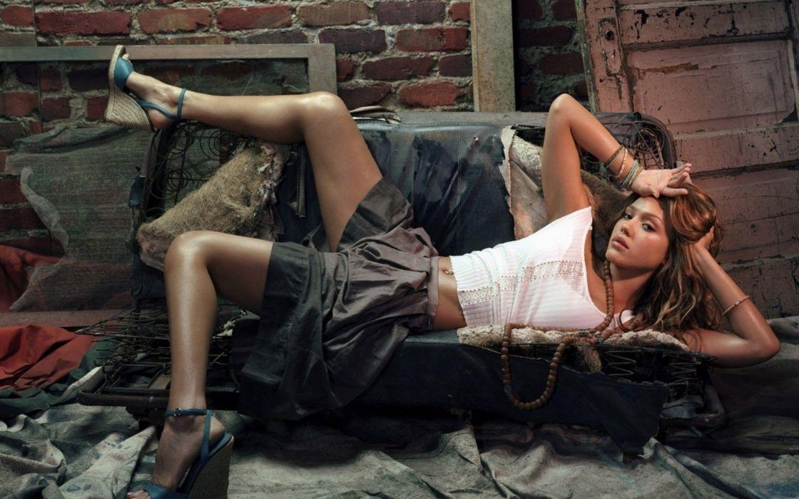 SENSUALITY - jessica alba celebrity sofa skirt lying wallpaper