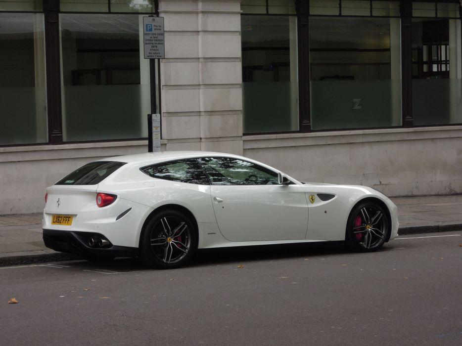 Ferrari Ferrari Ff Ff 2 2 Coupe Supercars Cars Italia White Blanc Wallpaper 2048x1536 556255 Wallpaperup