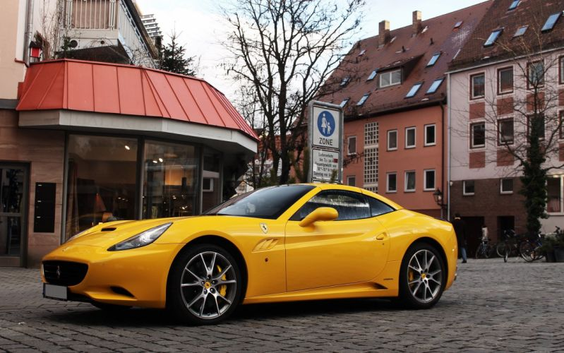 Ferrari California convertible supercars cars cabriolet italia yellow jaune wallpaper