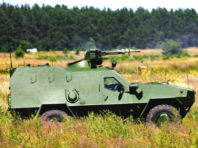 2005 Dozor-B light armored vehicle dozer apc military 4x4 wallpaper