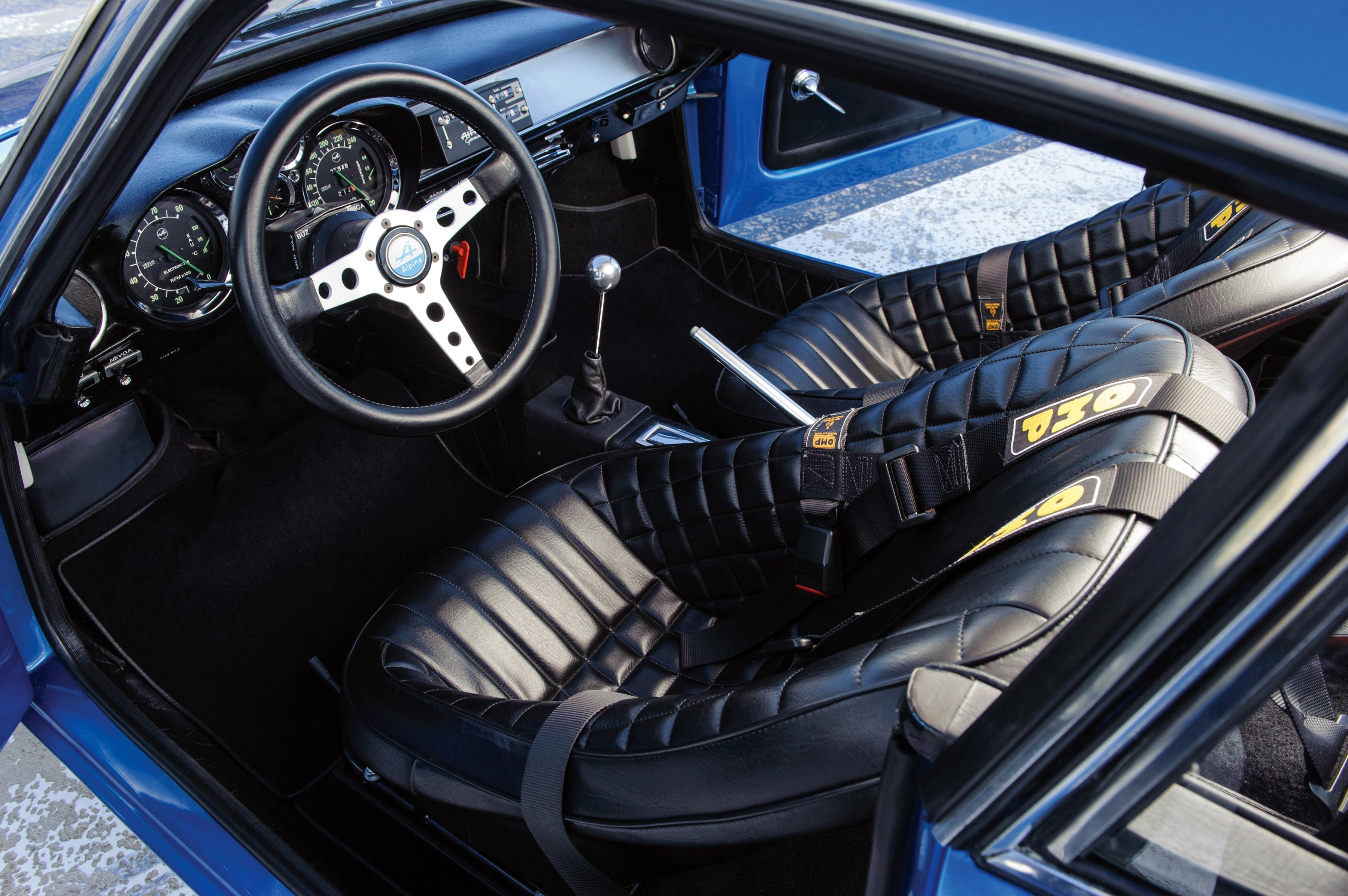 1972 75 renault alpine a110 1600s classic wallpaper for Interieur alpine a110