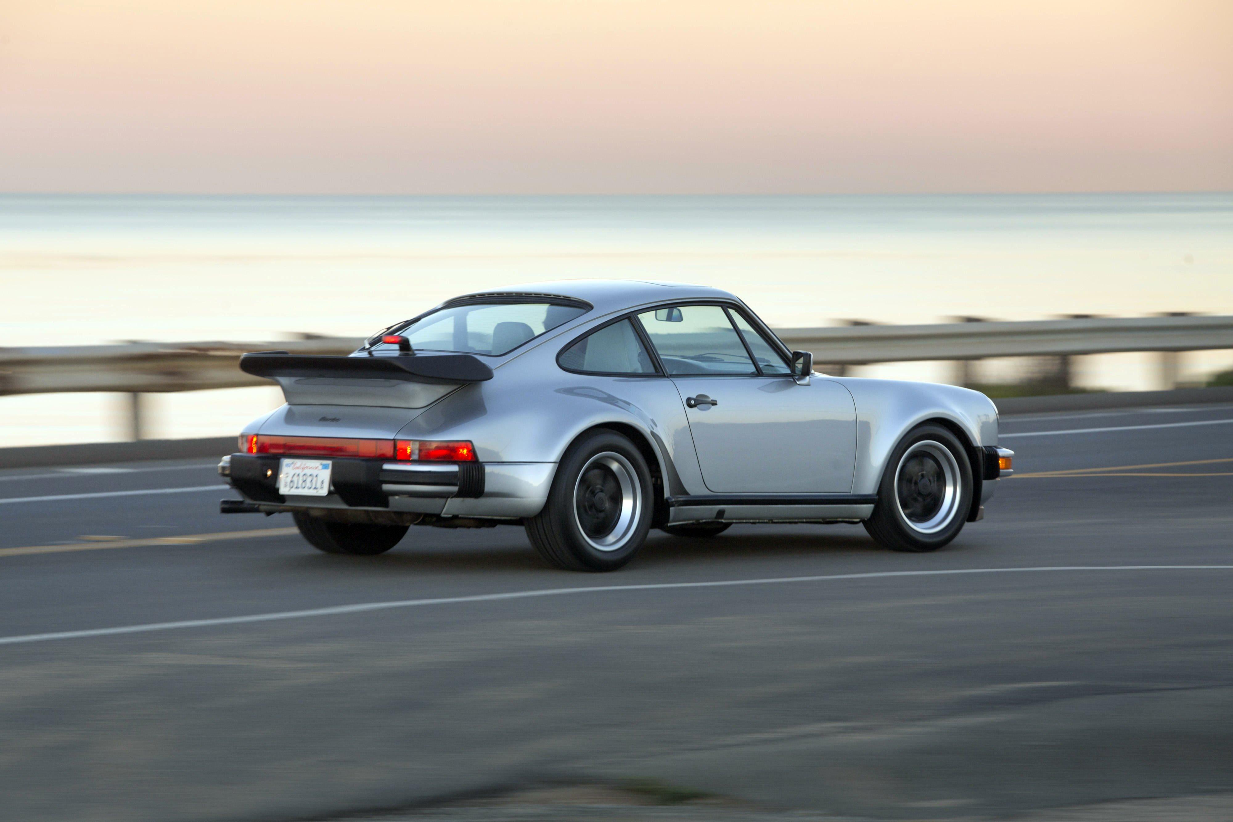 1987 porsche 911 turbo 3 3 coupe us spec 930 supercar wallpaper 4000x2666 557650 wallpaperup