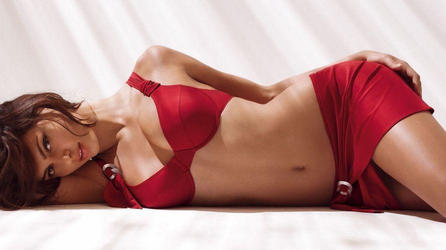 SENSUALITY - girl brunette belly red wallpaper