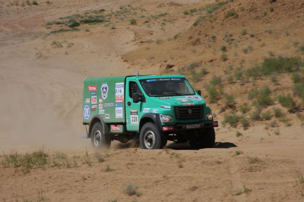 2014 GAZ Sadko Next Rally dakar race racing offroad semi tractor wallpaper