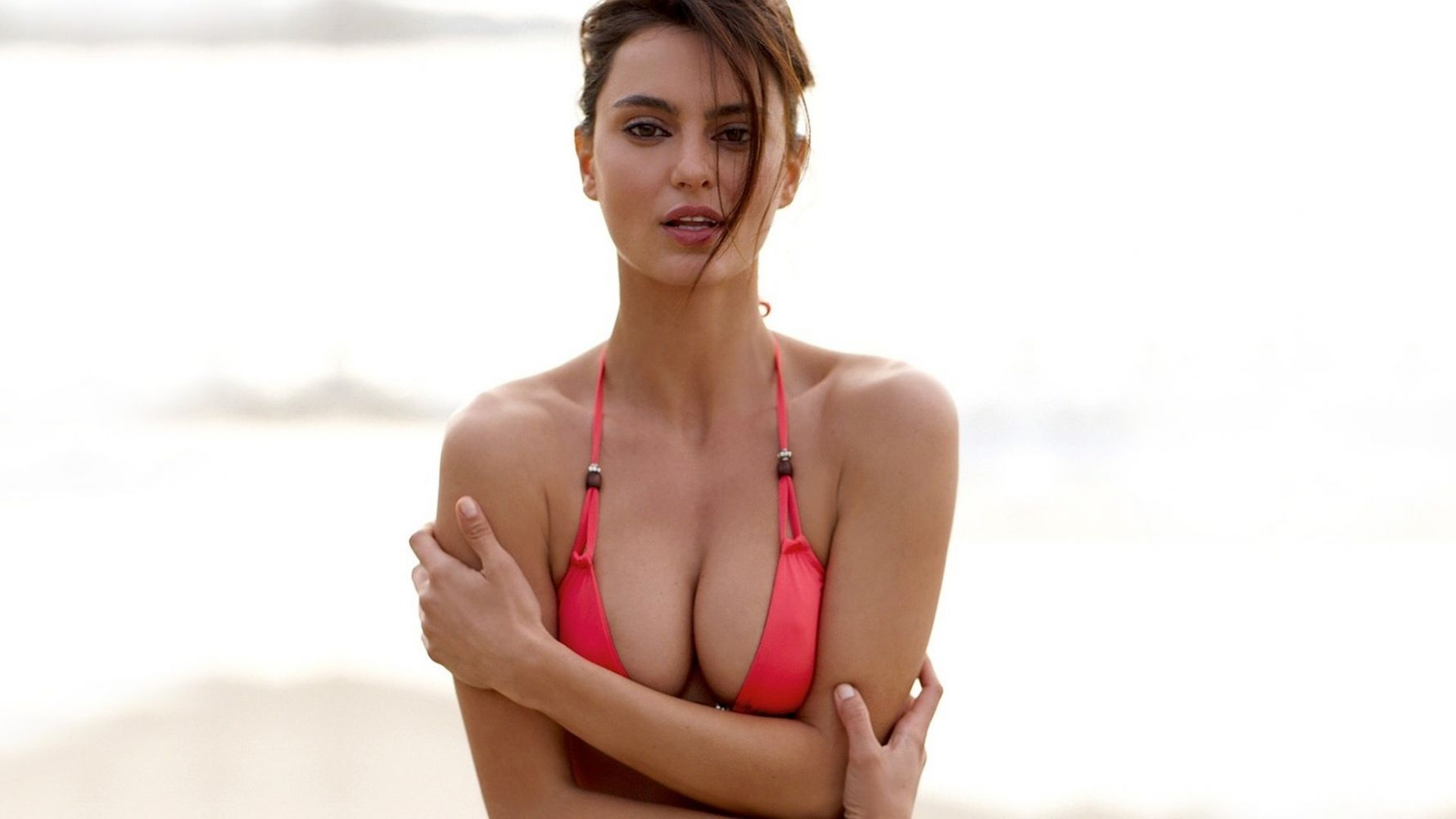 Lil chica nude big tits curvy asses porn pics