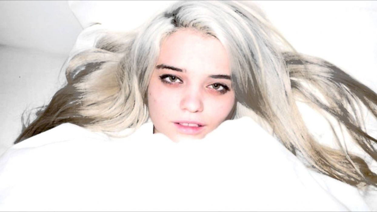 SKY FERREIRA singer pop synthpop indie rock dance model actress babe sexy wallpaper