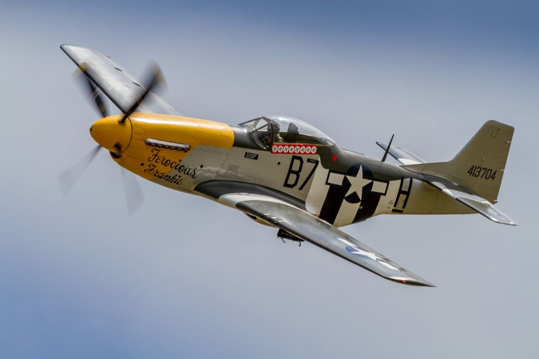aeroplane aircraft airplanes airshow Fighter North American P-51 Mustangs Flight Flying war  wallpaper