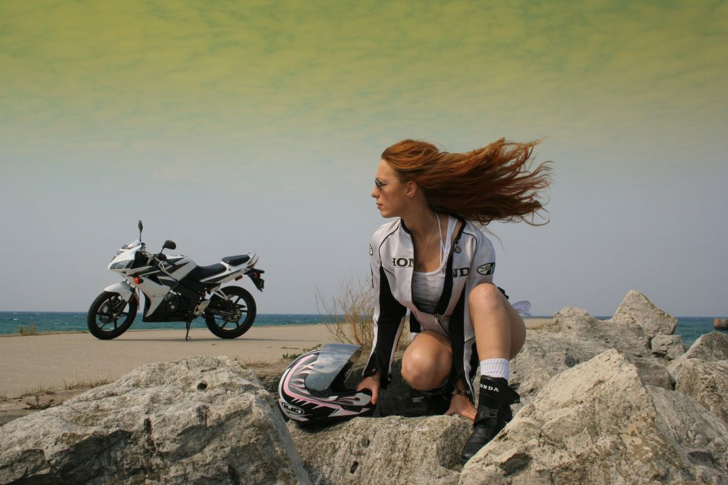 Motorcycle on the Dock wallpaper