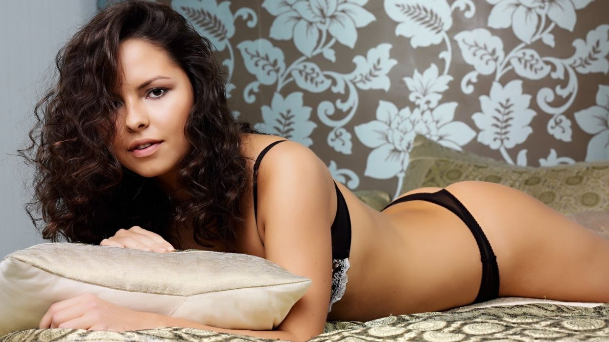 model woman beauty lovely beautiful attractive sexy girl wallpaper