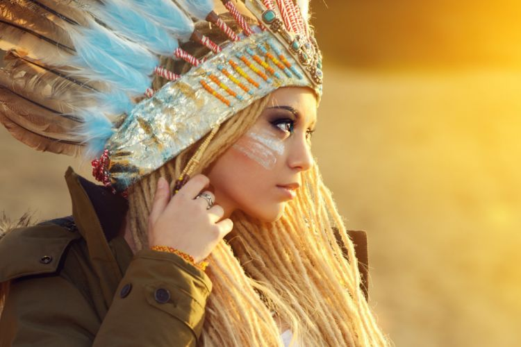 girl profile makeup eyes hands blonde feathers Squaw wallpaper