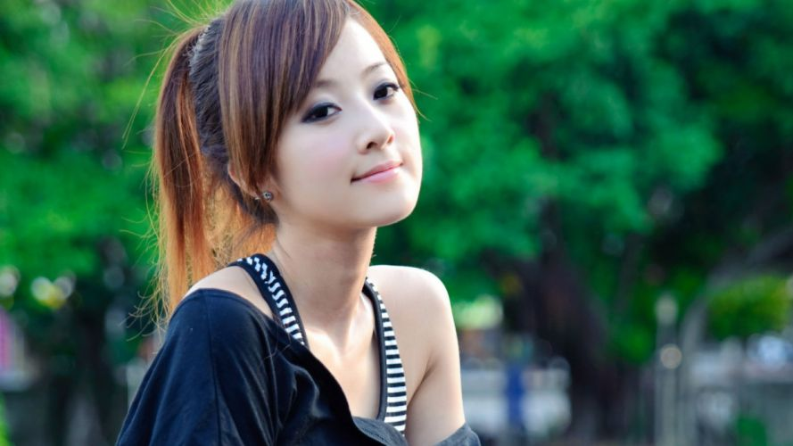 model woman beauty attractive lovely sexy girl wallpaper