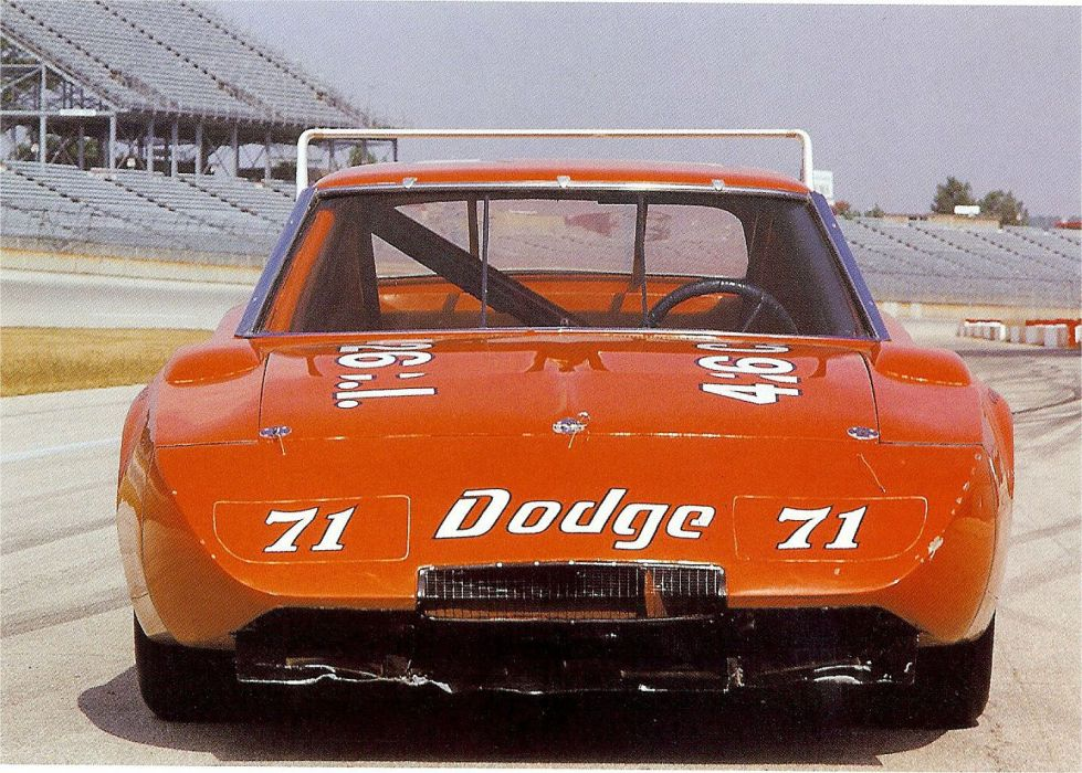 1969 Dodge Charger Daytona NASCAR Race racing muscle classic wallpaper