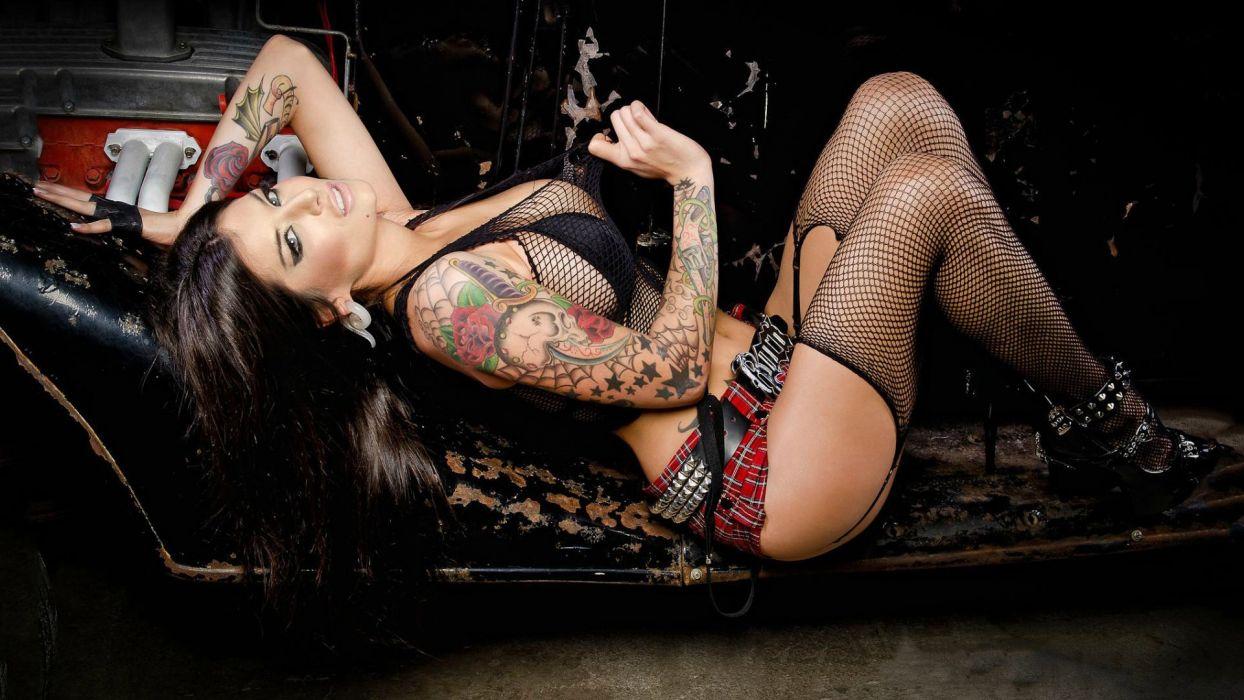 WOMEN AND MACHINES - girl brunette car model tattoo dark wallpaper