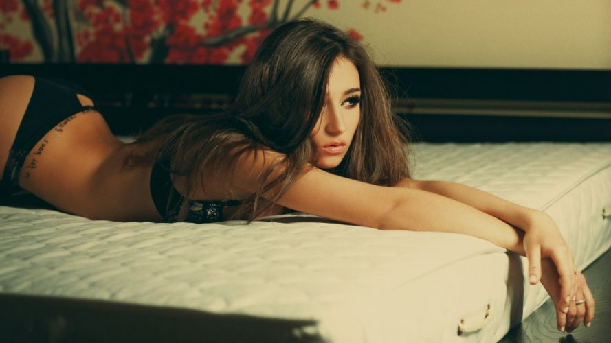model woman beauty beautiful lovely sexy girl attractive wallpaper