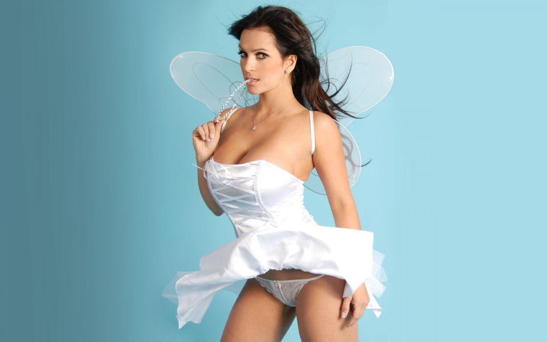 denise-milani-sexy-angel-wallpaper-1520--2560-x-1600-widescreen wallpaper