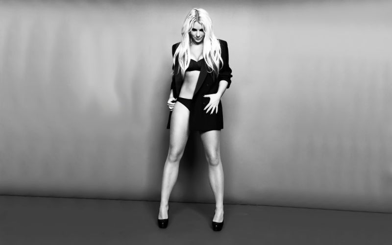 britney-spears-black-and-white-wallpaper-1386--2560-x-1600-widescreen wallpaper