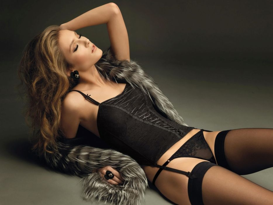 gorgeous fur stockings girl background corset model sexy wallpaper