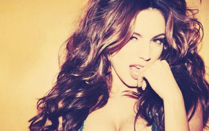 Girl brunette opinion Kelly Brook model beautiful wallpaper