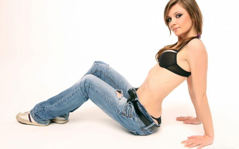 JEANS - sensuality girl brunette model belly ripped belt wallpaper