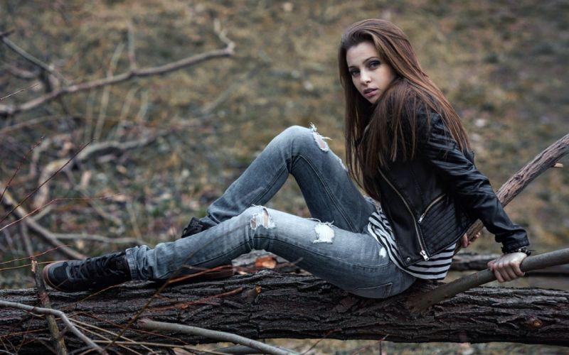 JEANS - sensuality girl brunette model ripped jacket wallpaper