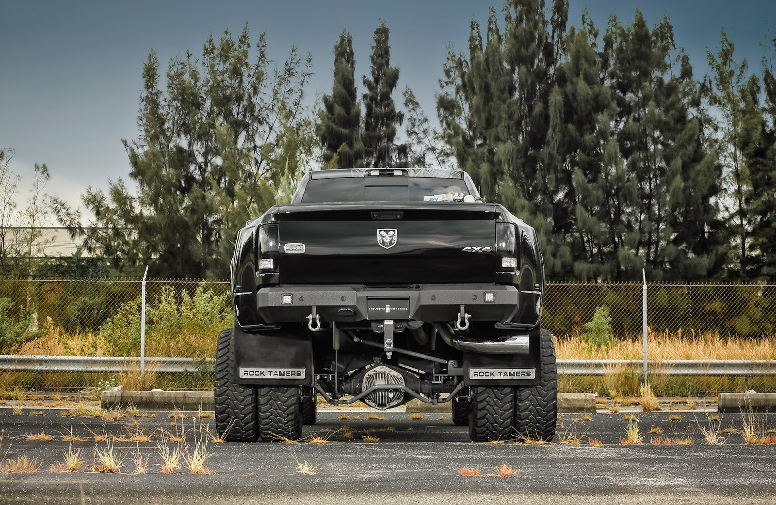 Lifted Mega Cab Dually >> Ford F350 super Duty truck pickup cars black tuning wallpaper   1600x1042   577693   WallpaperUP