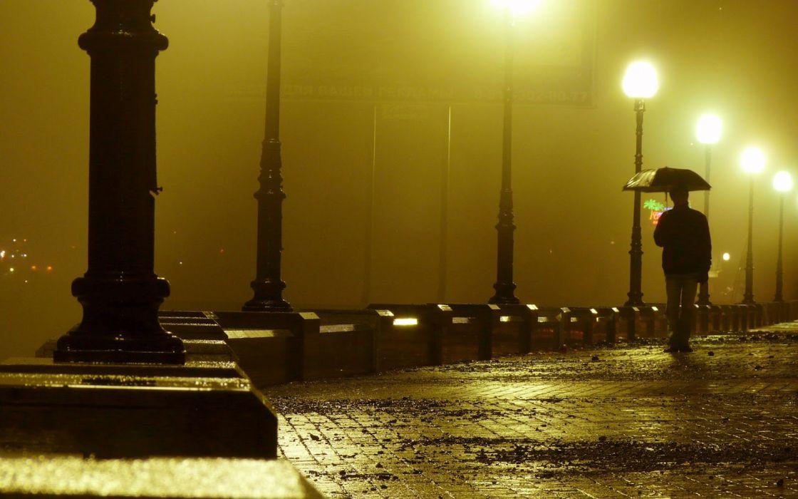 city fog man umbrella rain night wallpaper