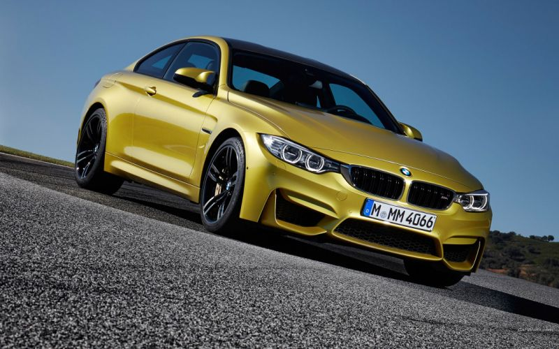 BMW M4 Coupe 2015 wallpaper