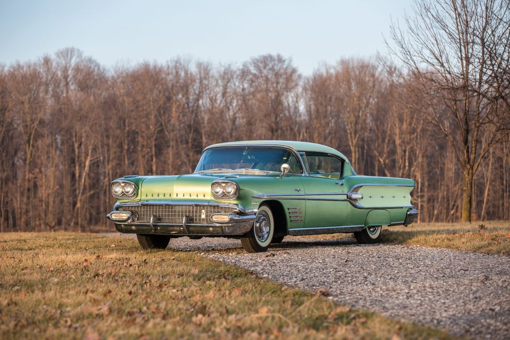 1958 Pontiac Bonneville Custom Tri-Power Sport Coupe 2547SD retro luxury wallpaper