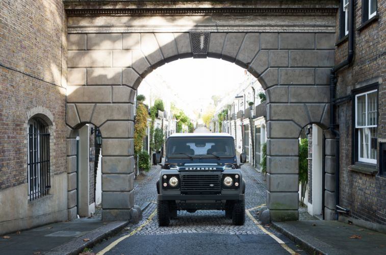 2015 Land Rover Defender 9-0 Autobiography suv 4x4 wallpaper