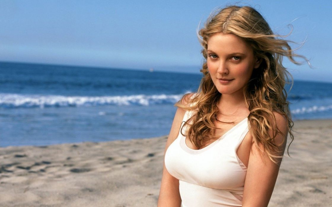 Drew Barrymore Hot Wallpaper